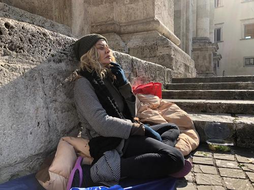 Eva Grimaldi nel ruolo di Nina