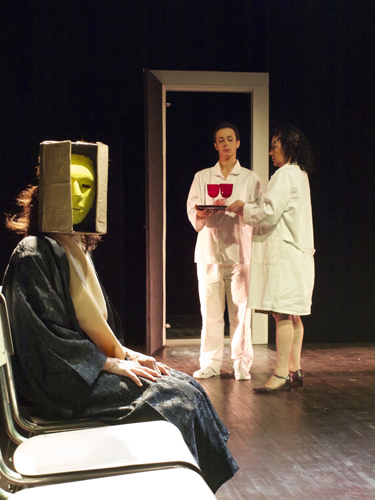 Baccanti Rewind dal 20 marzo al PACTA SALONE di Milano con la drammaturgia di Maddalena Mazzocut-Mis