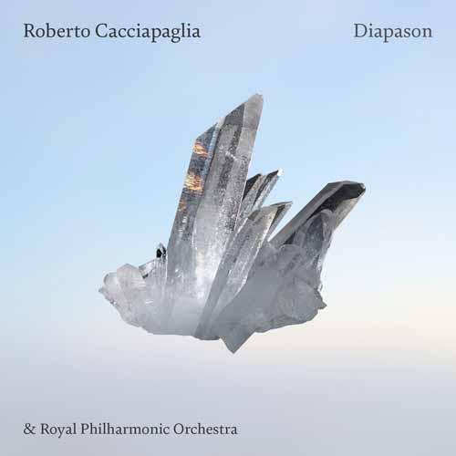 """Roberto Cacciapaglia, è online il video di """"Innocence"""" il nuovo brano con un testo del poeta William Blake. Continua in tutta Italia il DIAPASON Worldwide Tour"""