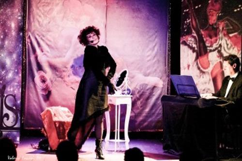 """""""Femmes"""", un viaggio a ritroso nel tempo tra le meraviglie della Bella Epoque, torna a grande richiesta al Teatro Petrolini di Roma"""
