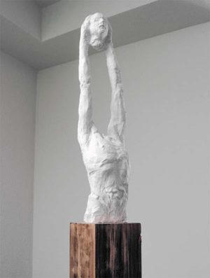 Frammenti, la prima personale in Italia di Napoles Marty alla Isolo17 Gallery di Verona