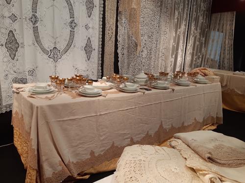 Tiepolo, Guttuso, il Medioevo, il Settecento, nei mobili, nei gioielli, nell'arte a Padova Antiquaria. Ultimo week end alla Fiera di Padova