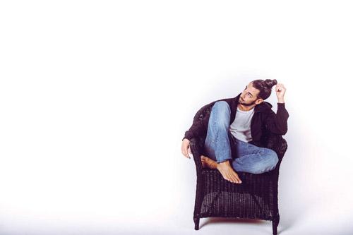 Appunti sulla felicità, il nuovo singolo di Jacopo Ratini