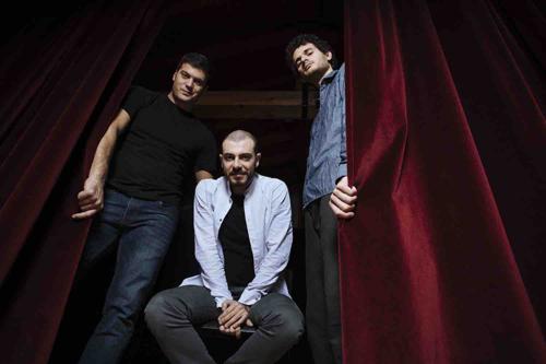 Jacopo Ferrazza pubblica THEATER per la Cam Jazz