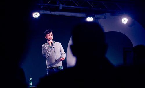 Live in Nagasaki di Luca Ravenna chiude la stagione di Stand Up Comedy al Teatro a L'Avogaria di Venezia