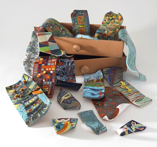 Mirabilia e Naturalia. Ceramiche e carte, la mostra di Clara Garesio alla Casina delle Civette a Roma