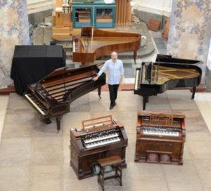 La Tastiera Infinita, concerto di chiusura. Accademia degli Sfaccendati a Palazzo Chigi di Ariccia