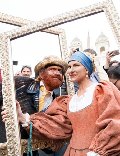 Laura Pausini e Biagio Antonacci in Piazza di Spagna a Roma