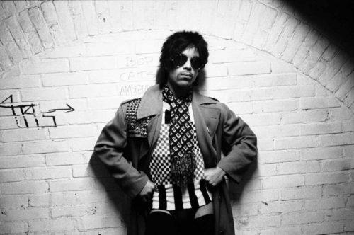 Prince Estate, in collaborazione con Warner Bros. Records e Tidal annuncia il nuovo album di Prince Originals, contiene 14 tracce inedite
