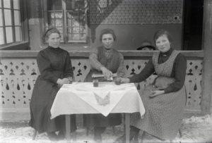 Tra storia delle donne e storia della fotografia