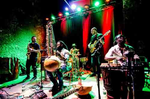 JAZZaltro, world music, funk e afrobeat con Arsene Duevi, Kora Beat e Dudù Kouaté a Olgiate Olona