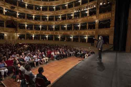 Il tempo dell'opera, torna l'accademia di Riccardo Muti