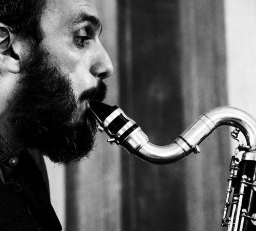 Essential lines, il nuovo progetto discografico di Andrea Ferrari