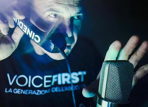 La voce dei palinsesti di Rete 4 e dei documentari BBC Andrea Piovan si riconferma voce ufficiale dei servizi di  Live non è la D'Urso in onda su Canale 5