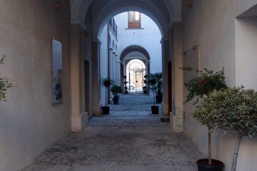 La ricognizione archeologica Locri survey a Palazzo Nieddu Del Rio a Locri