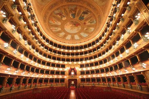 """Progetto """"Teatr'in Musica"""". Una voce per i teatri chiusi, inagibili, con restauri complessi"""