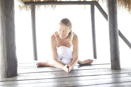 Yin Yoga di Birgit Kunzli