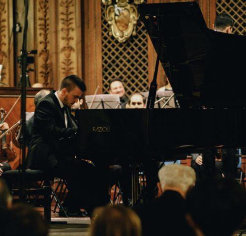 Appassionata ma non solo il concerto del pianista Ciprian Bogdan Străteanu all'Accademia di Romania in Roma