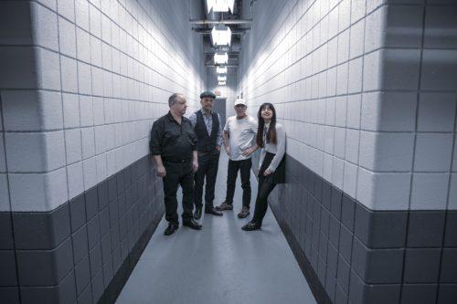 The Pixies in concerto al Paladozza di Bologna