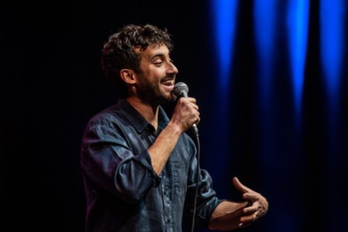 Stand Up Comedy: satira pungente e comicità dissacrante in scena al Teatro a l'Avogaria di Venezia