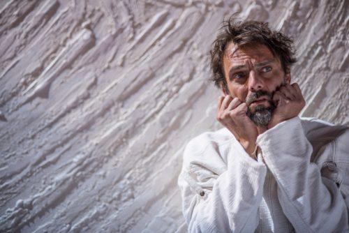 Alessandro Preziosi in Vincent Van Gogh – L'odore assordante del bianco di Stefano Massini in scena al Teatro Traiano di Civitavecchia