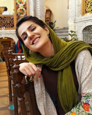 A Parma arriva Sahar Ajdamsani, artista e attivista iraniana – In concerto al Museo d'Arte Cinese