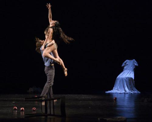 Romanza, trittico dell'intimità di Twain physical dance theatre in scena allo Spazio Diamante di Roma