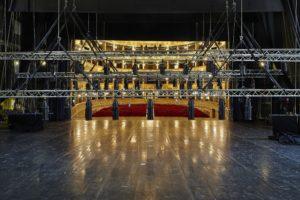 Il Teatro Alighieri di Ravenna cerca un macchinista e un elettricista. Fino al 13 marzo per candidarsi