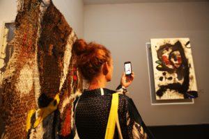 """""""Joan Miró. Il linguaggio dei segni"""", la mostra al Pan di Napoli che ha collezionato 50.000 visitatori e 7.000 bambini ai laboratori didattici"""